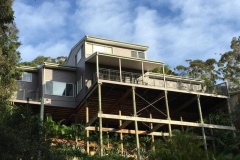 North-Avoca-has-many-pole-homes-this-one-is-18m-high-on-a-steep-block-and-Ocean-Beach-Painting-Painted-it-without-the-use-of-Scaffold.